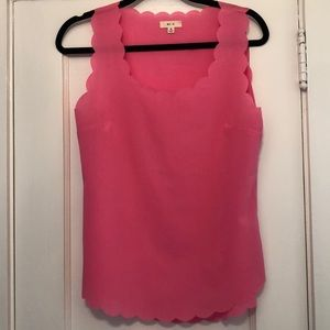 EUC scalloped tank